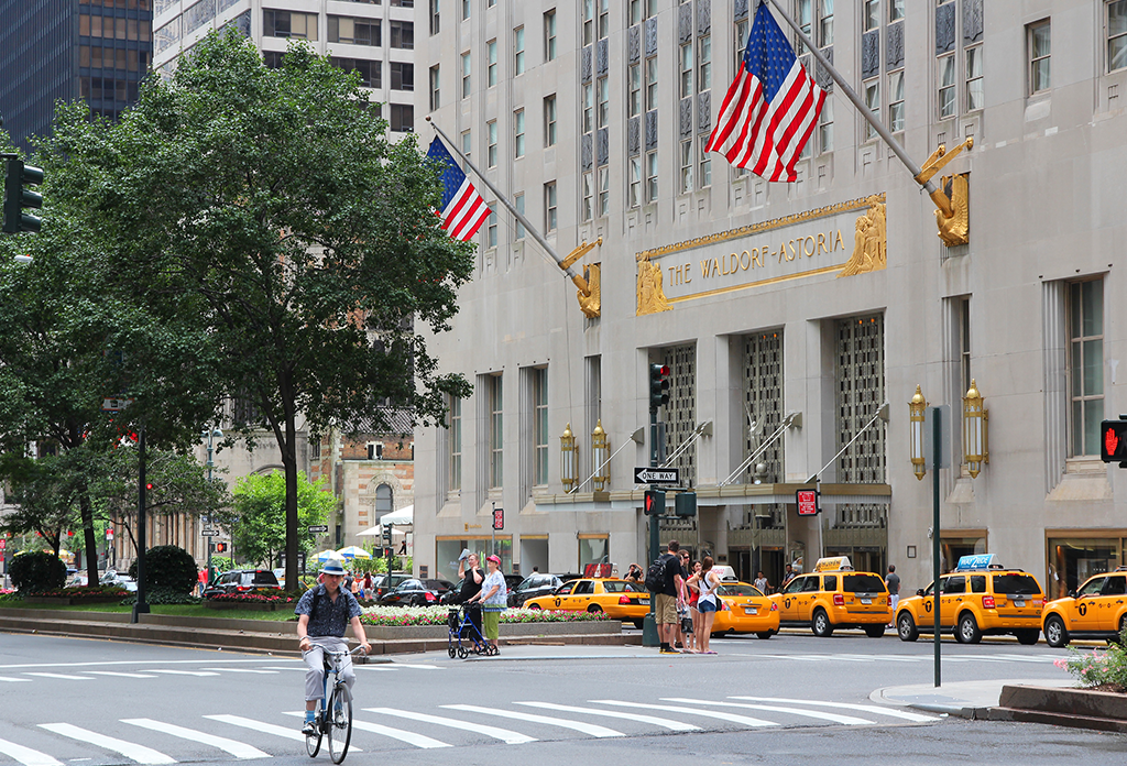 The Waldorf Astoria On Park Avenue Midtown East